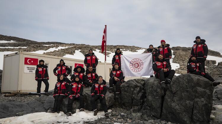 antarktika bilim üssü 2