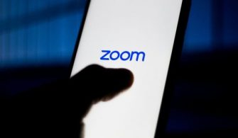 616x321-zoom-parali-mi-mebten-flas-aciklama-zoom-uygulamasi-guvenli-mi-zoom-hesabi-nasil-silinir-1586182354858